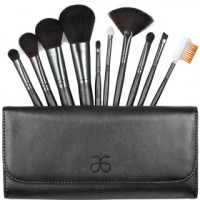 Best of Beauty: How to Clean Your Makeup Brushes