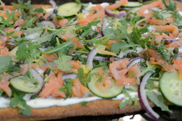 Easy Smoked Salmon Pizza